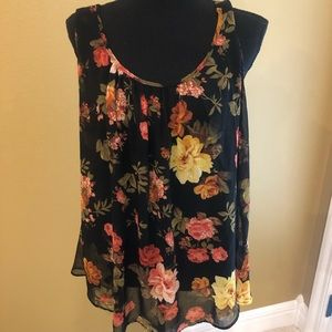 Ambiance Tops - Cute floral tank!!